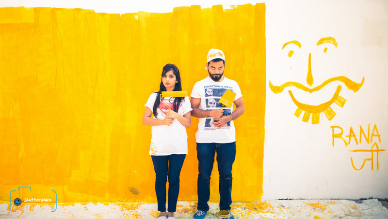 The Perfect Location - WedMeGood article - Wall Waali Pre-Wedding Shoot With A Whole Lotta Yellow!